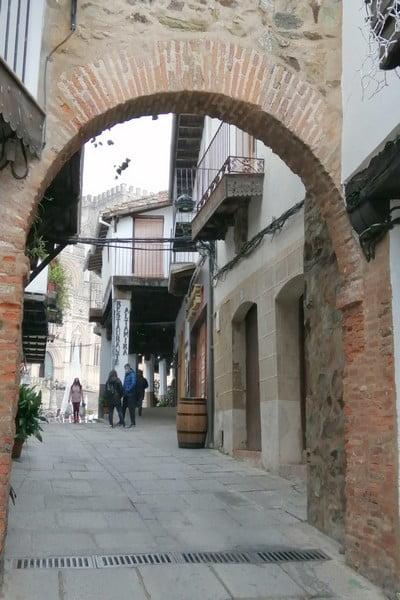 Otro arco medieval que ver en Guadalupe es el del Chorro Gordo.
