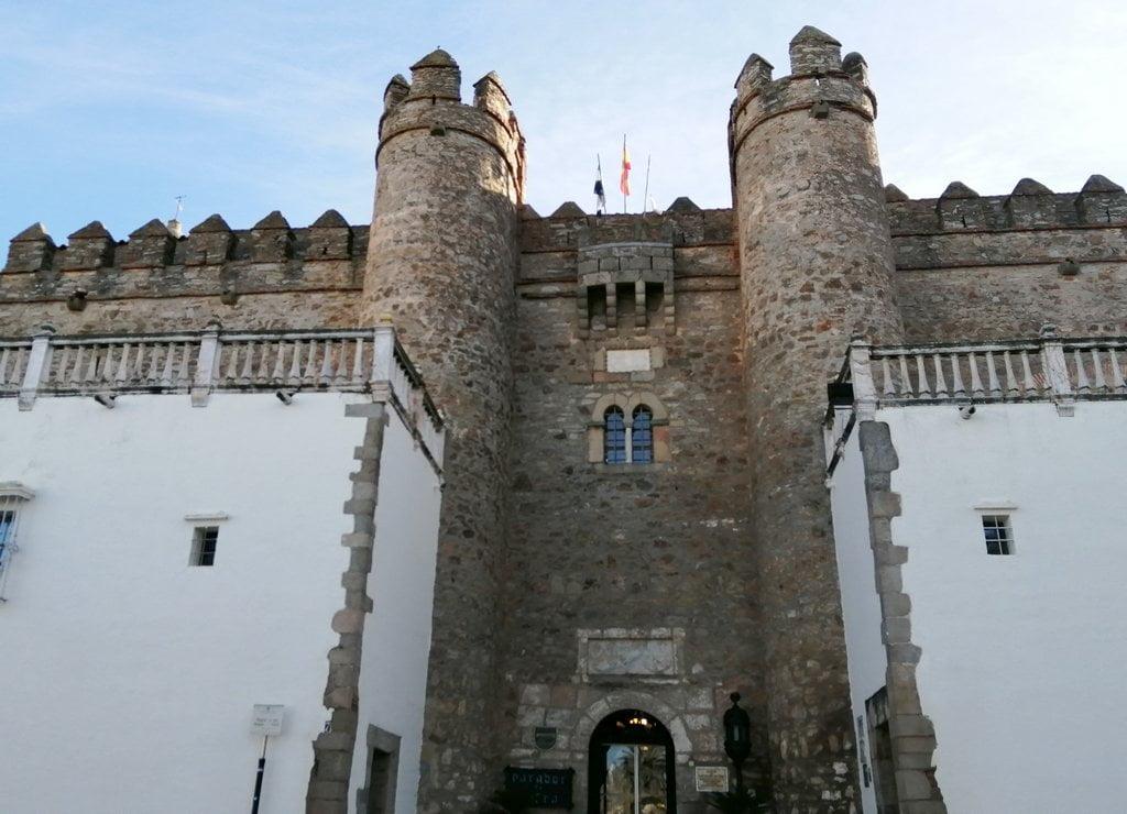 El Parador de Zafra es un edificio histórico del siglo XV.