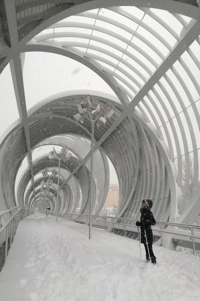 El Puente de Arganzuela también es conocido como Puente de Perrault o Puente del ADN.
