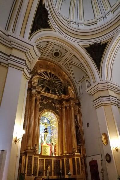 La ermita del Cristo del Humilladero tiene dos capillas: una del siglo XVI y otra del XVII.