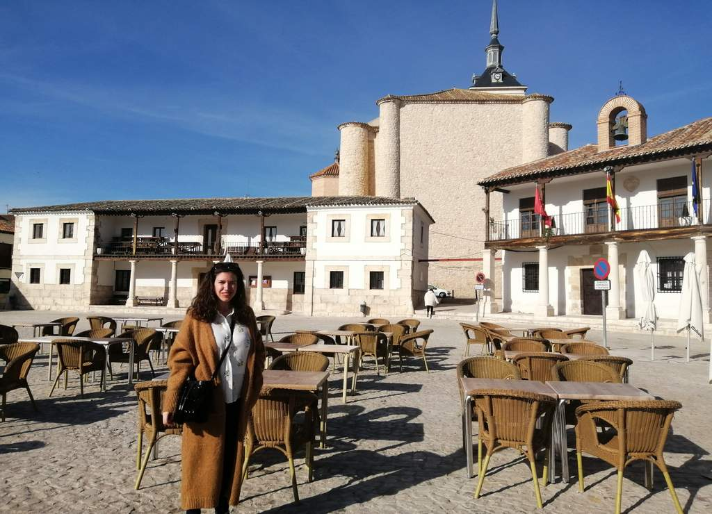 La Plaza Mayor de Colmenar de Oreja es especial por su arquitectura con casas soportaladas.