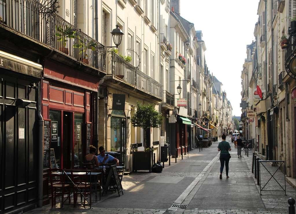 La Rue Colbert es perfecta por su gran variedad de bares y restaurantes.