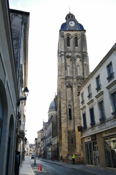 La Torre del Reloj fue construida entre los siglos XI y XIV.