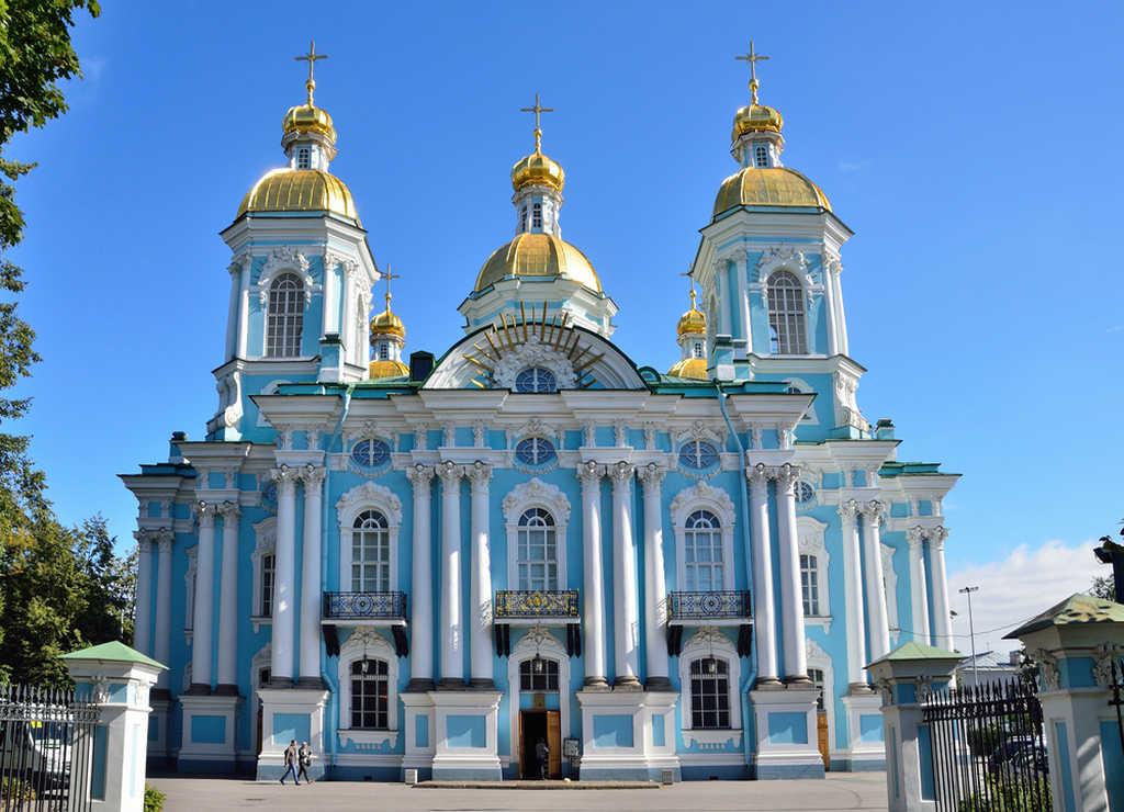"""La Catedral de San Nicolás de los Marinos es conocida popularmente como """"Catedral de los marineros""""."""