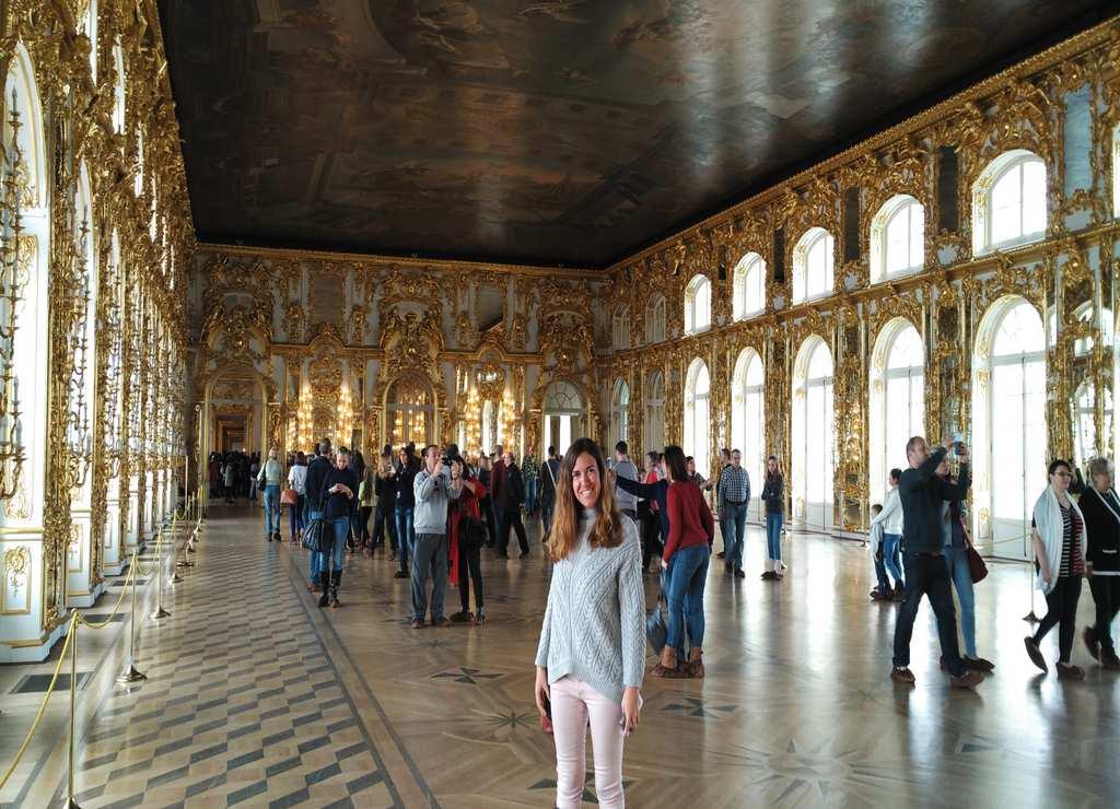 Las salas interiores del Palacio de Catalina la Grande son puro lujo y ostentación.