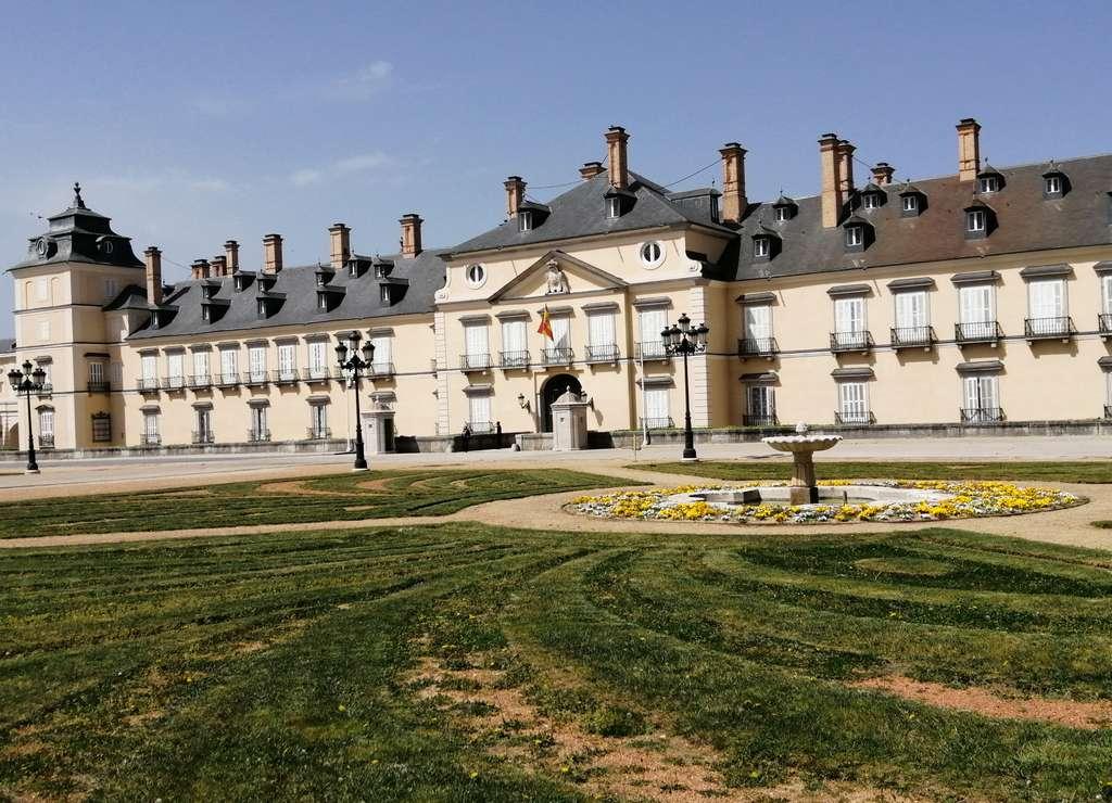 Este día aprovechamos para visitar el Palacio Real de El Pardo. ¡Increíble su colección de tapices!