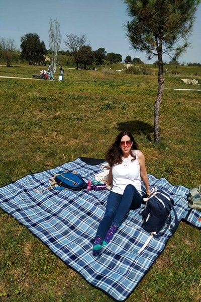 Aparte de hacer la ruta en El Pardo, te recomiendo llevar comida para hacer picnic cerca del merendero.