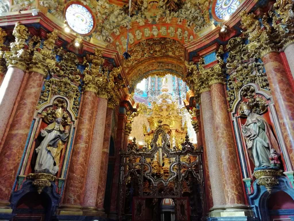 Me impactaron mucho los colores y detalles del Sagrario del Monasterio del Paular.