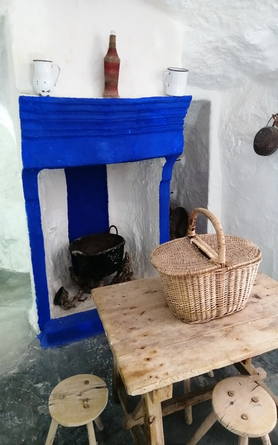 Una visita muy interesante es a la casa-cueva de la pastora Marcela.