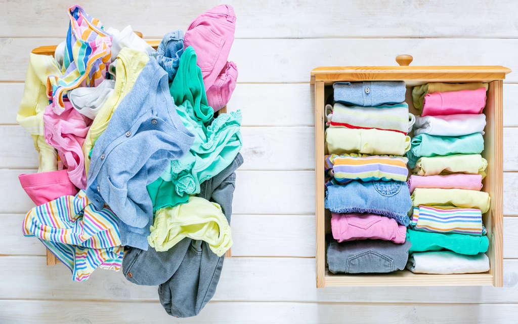 El método KonMari de Marie Kondo para hacer la maleta te facilita meter muchas más prendas.