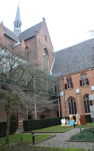 En Utrecht hay 12 iglesias, aunque el protagonismo se lo lleva la Domkerk.