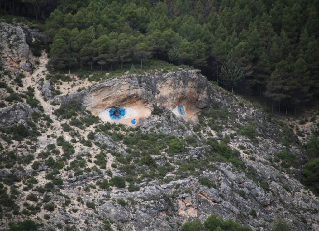 Los Ojos de la Mora esconden una trágica historia de amor.