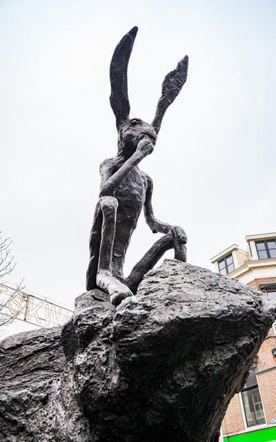 El pensador en la roca es la escultura más curiosa que ver en Utrecht.