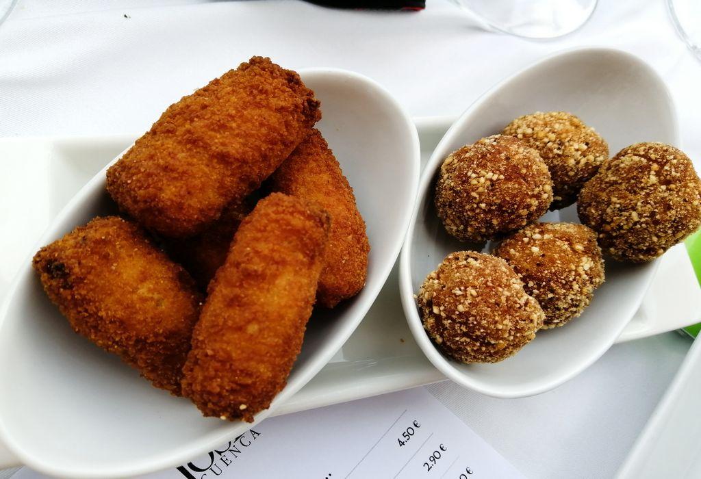 Croquetas variadas del restaurante de la Posada de San José en Cuenca.