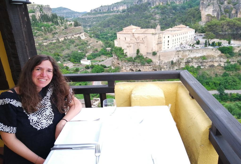 En este artículo te cuento dónde comer en Cuenca y los mejores restaurantes y cafeterías para mi gusto.