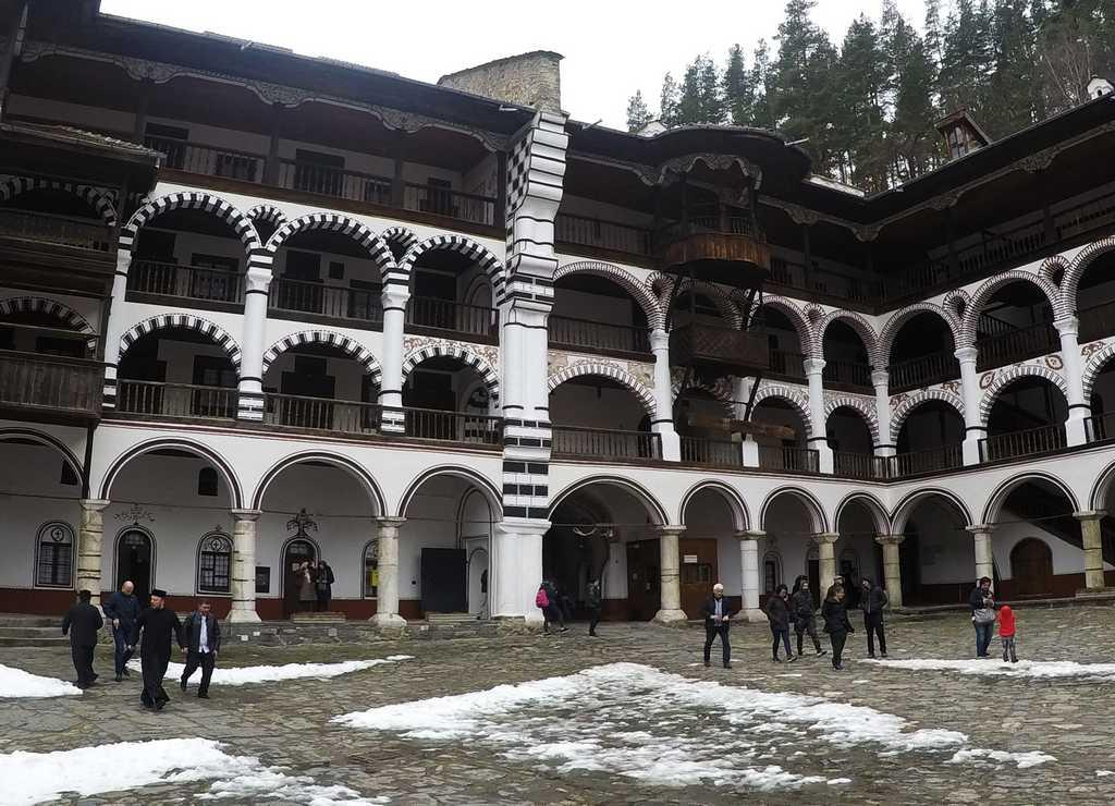 Las celdas de los monjes están distribuidas en cuatro pisos.