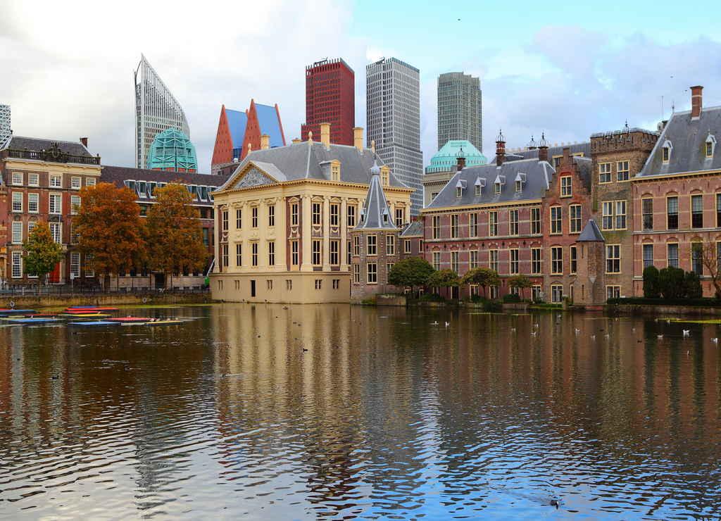 La Haya es la antigua capital del país y es otro de los sitios que ver en los alrededores de Ámsterdam.