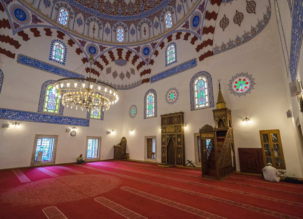 La mezquita Banya Bashi es una de las más antiguas de Europa.