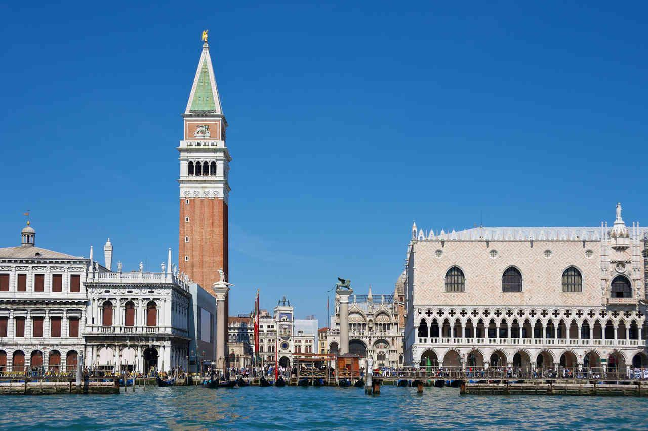 La Plaza de San Marcos es el corazón de esta preciosa ciudad italiana.